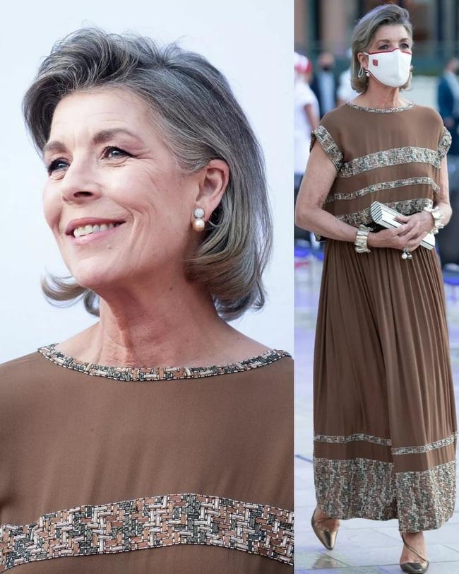 Con gái của Công nương Grace Kelly huyền thoại: Công chúa Hoàng gia Monaco 64 tuổi, chuyên mặc đồ Chanel sang hơn cả mẫu quốc tế - Ảnh 8.