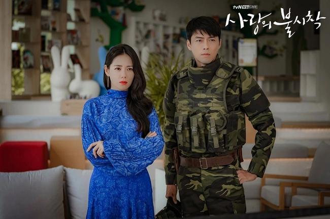 Hạ cánh nơi anh của Son Ye Jin - Hyun Bin bất ngờ được Mỹ mua bản quyền làm lại, fan tranh cãi dữ dội vì điều này - Ảnh 5.