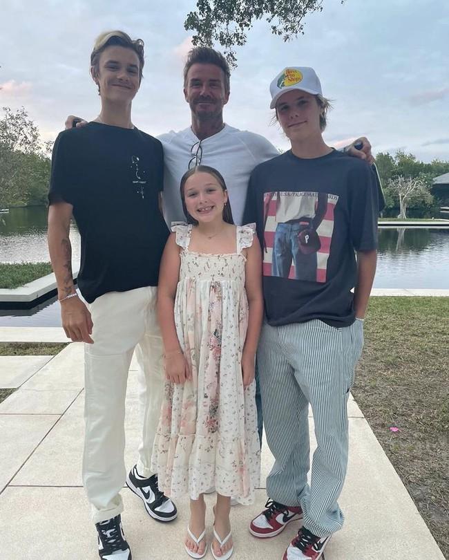 Style của con gái út nhà Beckham: Đôi khi lên đồ hơi già đời, nhưng sang chảnh chuẩn công chúa nhà siêu giàu - Ảnh 5.