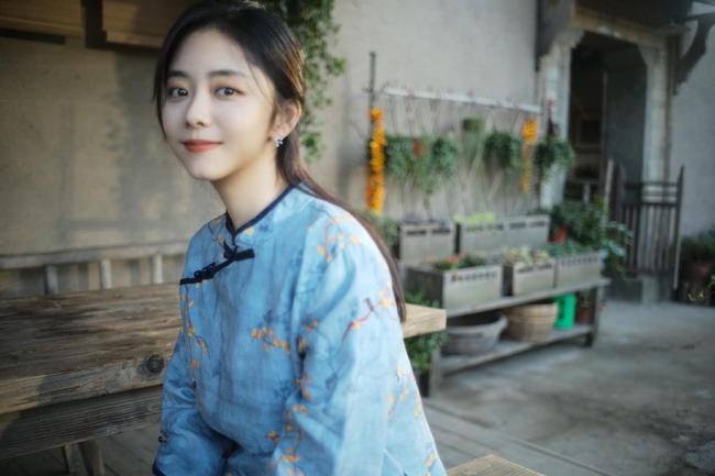 Đàm Tùng Vận - Lâm Canh Tân đóng máy phim mới, nhà gái vẫn rất xinh đẹp nhưng tạo hình già thế nào ấy  - Ảnh 6.