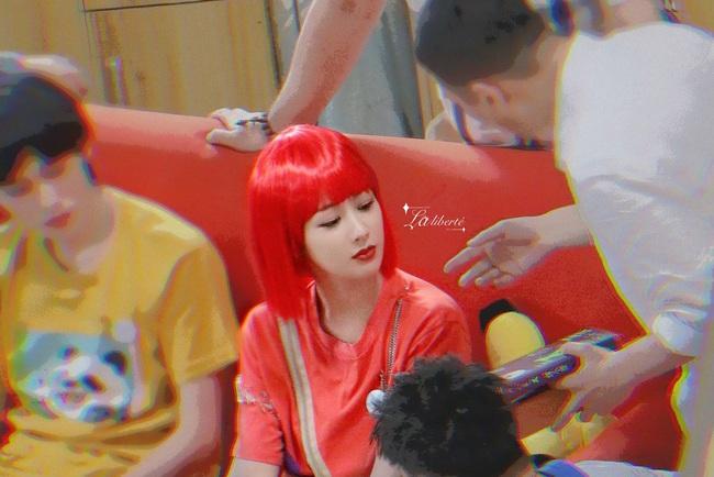 Dương Tử xuất hiện với tóc đỏ, khác lạ đến mức không nhận ra nàng Cẩm Mịch của Hương mật tựa khói sương - Ảnh 5.
