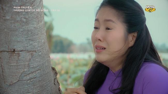 Thương con cá rô đồng: Ê chê vì bị phát hiện đẻ mướn, Lê Phương khóc nghẹn gả em gái cho người yêu - Ảnh 1.