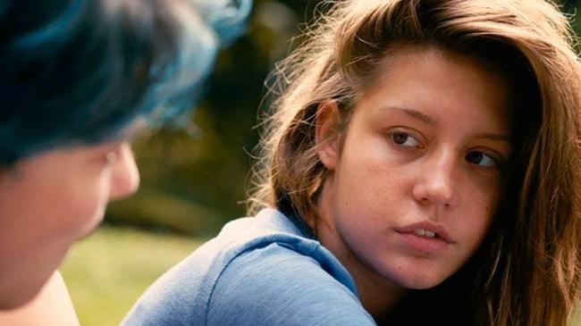 Phim 18+ Blue Is The Warmest Colour: Cảnh nóng đồng tính nữ dữ dội hay khát khao được sống là chính mình của mọi cô gái? - Ảnh 3.
