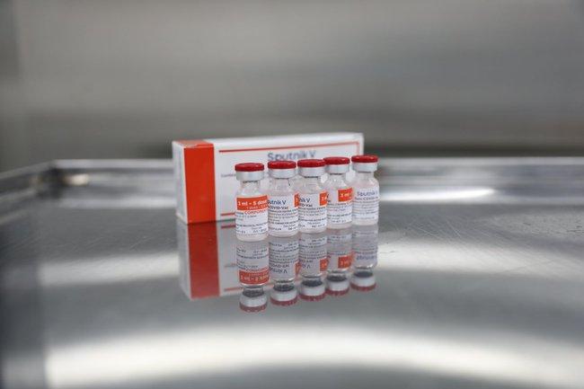 Hình ảnh: Quy trình gia công lô vaccine Sputnik V đầu tiên của Nga tại Việt Nam - Ảnh 12.