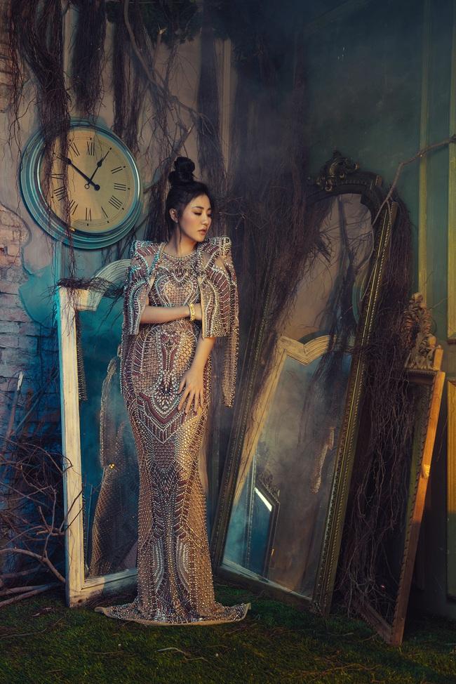 Văn Mai Hương tiết lộ thói quen đặc biệt suốt 10 năm đi hát - Ảnh 7.