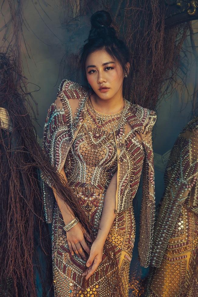 Văn Mai Hương tiết lộ thói quen đặc biệt suốt 10 năm đi hát - Ảnh 6.