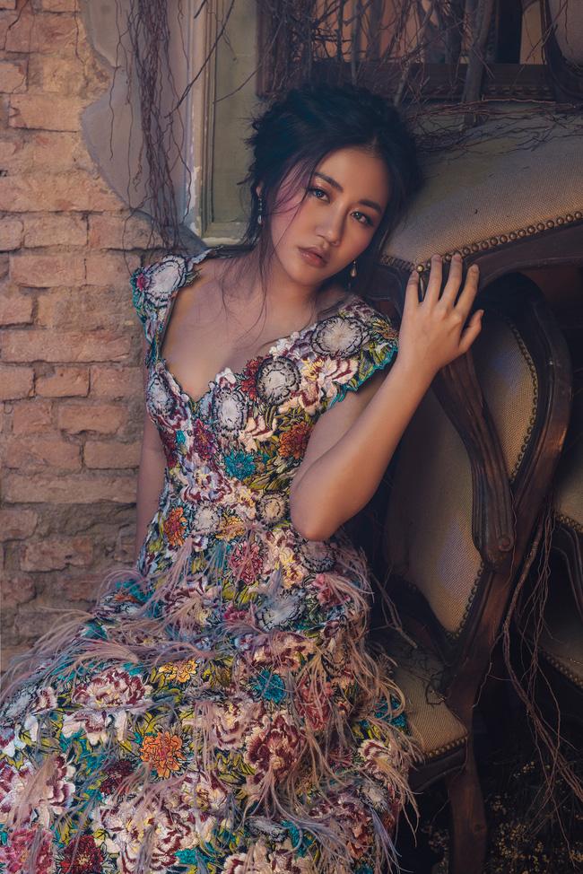 Văn Mai Hương tiết lộ thói quen đặc biệt suốt 10 năm đi hát - Ảnh 9.