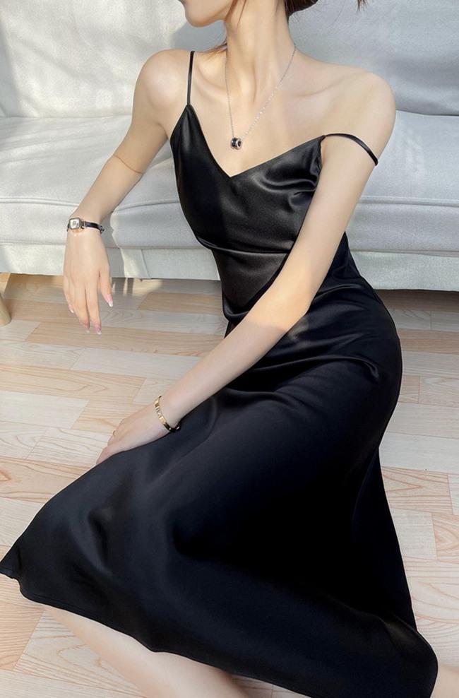 Chẳng cần phô diễn vòng 1 khủng, gái Pháp cứ khoe trọn lưng trần cũng đẹp đến ngây dại - Ảnh 12.