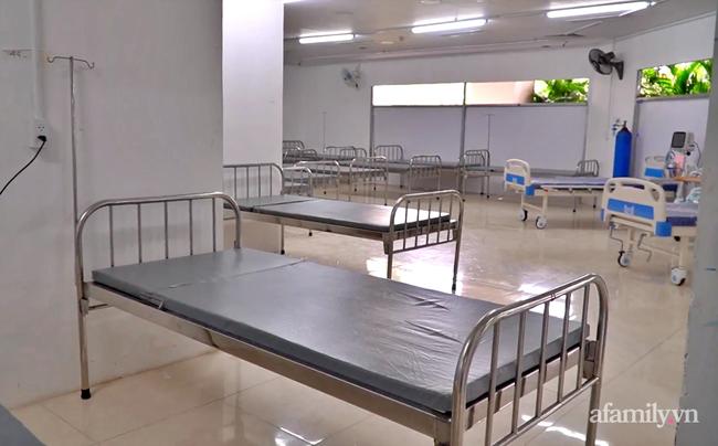 Cận cảnh phòng điều trị của Bệnh viện dã chiến số 5 tại Thuận Kiều Plaza vừa chính thức tiếp nhận F0 - Ảnh 2.