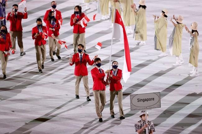 Lễ khai mạc Olympic Tokyo 2020: Rực rỡ sắc màu, đoàn thể thao Việt Nam xuất hiện tràn đầy nhiệt huyết - Ảnh 29.