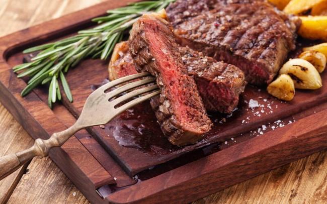 Đừng ăn 7 món này vào bữa tối vì có thể gây mất ngủ, hại sức đề kháng trong những ngày giãn cách xã hội - Ảnh 14.