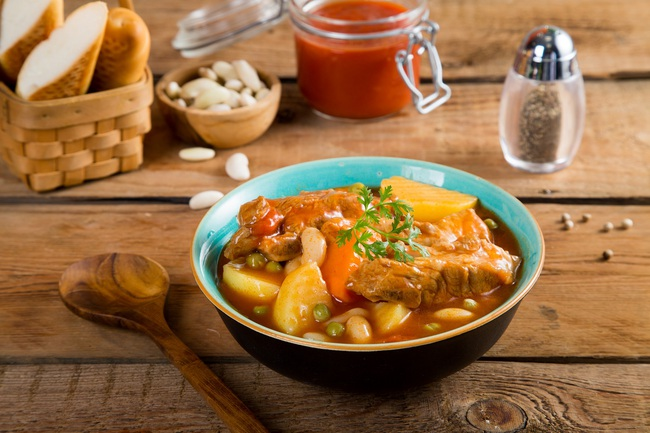 Ở nhà nhiều Hồ Ngọc Hà chịu khó vào bếp hơn thì phải, làm món cà ri gà nhìn đã thấy ngon nuốt lưỡi! - Ảnh 11.