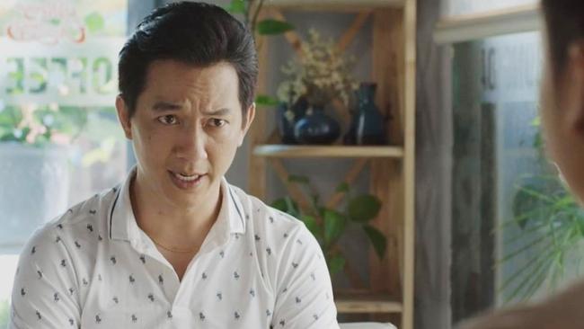 """Mùa hoa tìm lại tập 18: Việt sốc nặng khi biết sự thật về mẹ mình và Tuyết, Tuyết trơ trẽn tìm đến """"tỏ tình"""" - Ảnh 1."""