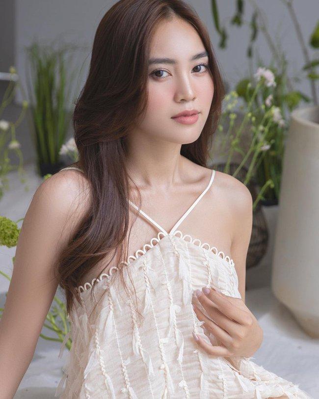 Sao Việt đọ vai đẹp, da mướt khi đua nhau diện mẫu váy này - Ảnh 1.