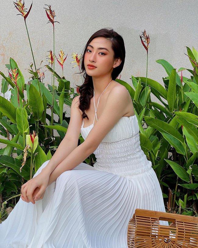 Sao Việt đọ vai đẹp, da mướt khi đua nhau diện mẫu váy này - Ảnh 3.