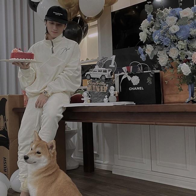 Nhân vật mới xuất hiện trên trang cá nhân Sơn Tùng MTP vào ngày sinh khiến các fan nháo nhào thả tương tác - Ảnh 1.
