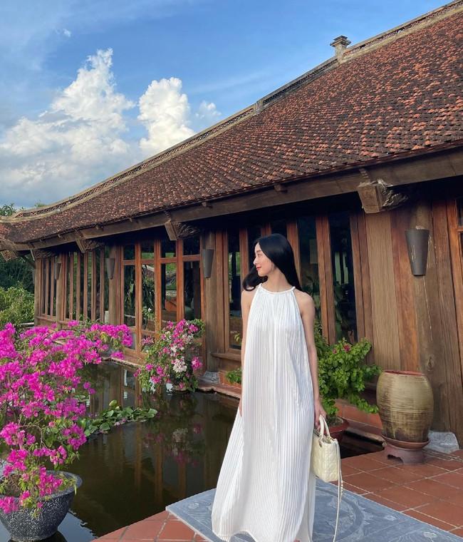 Sao Việt đọ vai đẹp, da mướt khi đua nhau diện mẫu váy này - Ảnh 7.