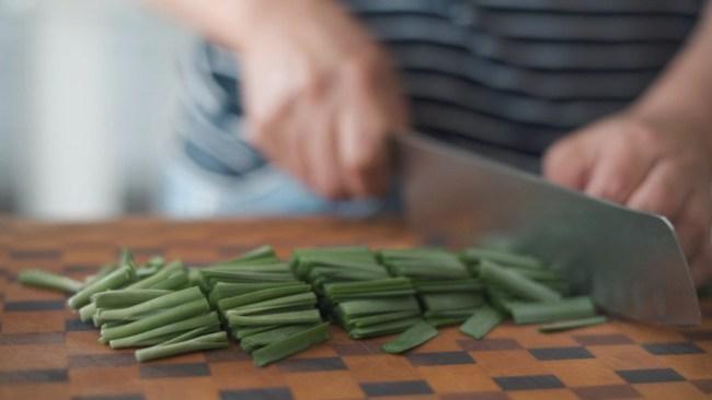 Mách bạn cách làm kim chi dưa chuột chuẩn vị Hàn ăn kèm món gì cũng ngon - Ảnh 6.