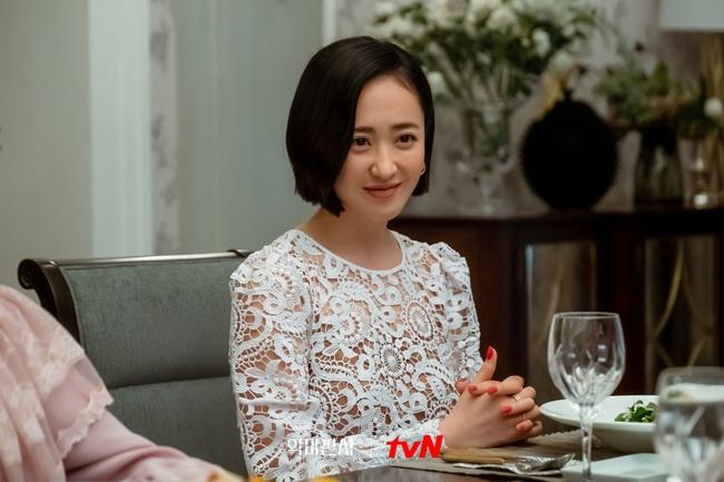 """Mỹ nhân """"Thời Trang Thập Niên 70"""" bao năm vẫn không hề già đi, đang là nữ chính mặc sang nhất màn ảnh xứ Hàn - Ảnh 7."""