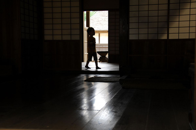 Hủ tục rùng rợn của người Nhật khiến những đứa trẻ chết đói biến thành vị thần hộ mệnh giúp gia chủ phát đạt - Ảnh 6.