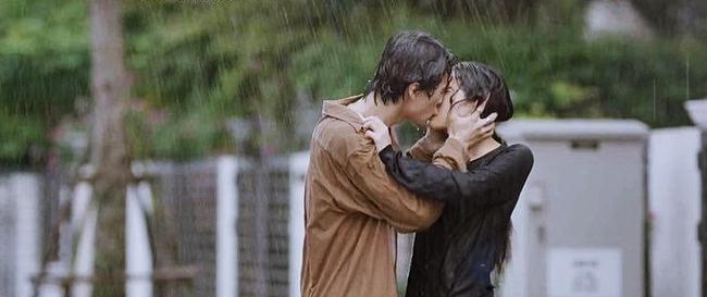 Hương vị tình thân và loạt phim Việt sở hữu cảnh mưa đẹp mê mẩ - Ảnh 8.
