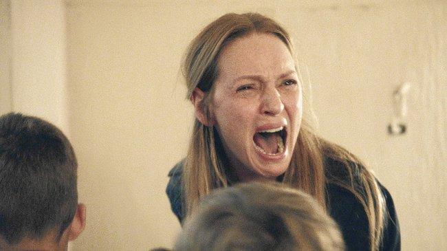 """Phim 18+ Nymphomaniac: Đừng chỉ để ý đến cảnh cháy giường cháy chiếu của người đàn bà cuồng dâm, xem ngay màn đánh ghen """"Hoạn Thư kiểu Tây"""" không ở đâu có này đi! - Ảnh 5."""