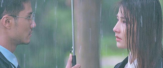 Hương vị tình thân và loạt phim Việt sở hữu cảnh mưa đẹp mê mẩ - Ảnh 4.
