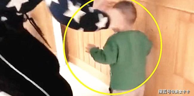 Hành động bất thường khi bị mắng của cháu trai 1 tuổi khiến bà nội sợ xanh mặt đầu hàng, dân mạng khuyên phụ huynh sớm can thiệp  - Ảnh 3.