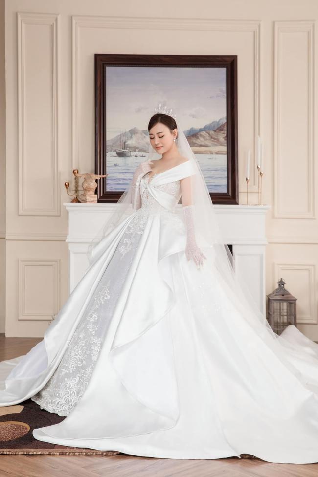 """Fan Hương vị tình thân nô nức đi đám cưới Long - Nam, Phương Oanh tung luôn ảnh cô dâu kèm lời """"đe dọa"""" biên kịch - Ảnh 1."""