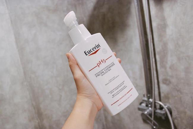 Minh Trang (Cây Táo Nở Hoa) bật mí lọ sữa rửa mặt cô rất tâm đắc: Hợp da khô và nhạy cảm, chăm dùng thì da khỏe đẹp hẳn lên - Ảnh 7.