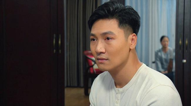 Hương vị tình thân tối nay: Thiên Nga bị ông Khang vạch mặt, khóc lóc xin Long tha lỗi - Ảnh 2.