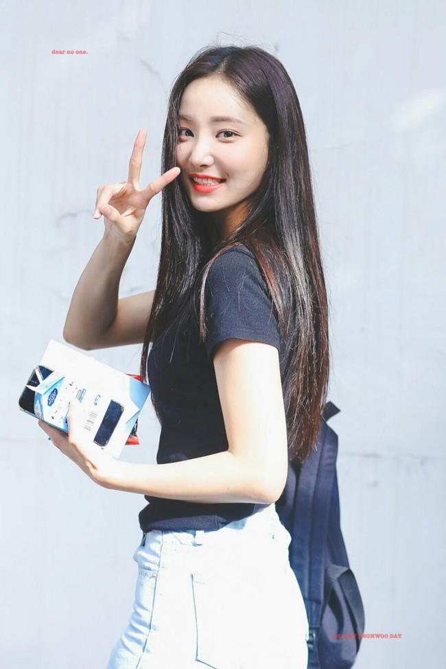 """Nhan sắc """"bạn gái mới"""" của Lee Min Ho, liệu có bằng Suzy hay Park Min Young? - Ảnh 6."""