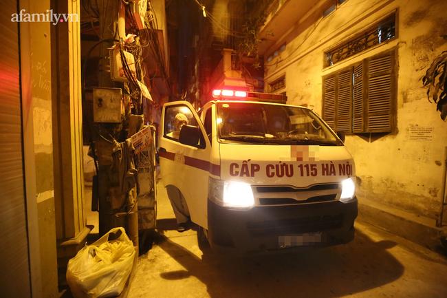 Bệnh nhân gọi xe cấp cứu 115 chở đến bệnh viện, nhân viên y tế yêu cầu phải thanh toán tiền mặt - Ảnh 2.