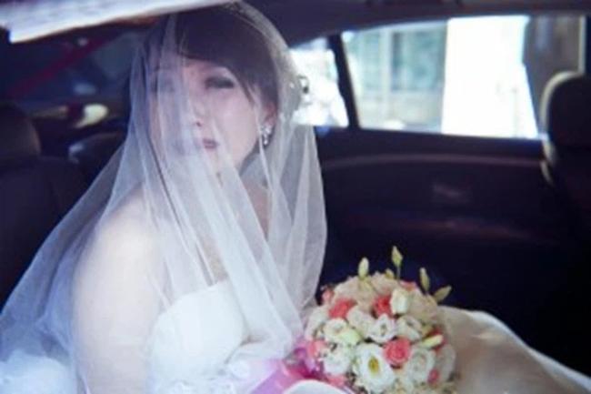 """Trước ngày rước dâu, chú rể nhận tin nhắn: """"Biết bí mật của nó không mà cưới"""" và màn giải quyết như vả mặt khiến cô dâu rơi nước mắt! - Ảnh 1."""