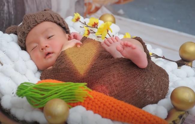 Từng không muốn nhìn mặt con, Á hậu điện ảnh Ruby Nhi kể chuyện trầm cảm sau sinh và nỗi lòng người mẹ với khao khát đứng trước ống kính  - Ảnh 4.