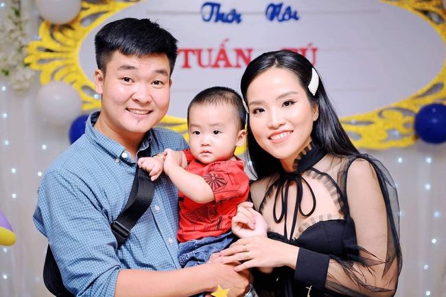 Từng không muốn nhìn mặt con, Á hậu điện ảnh Ruby Nhi kể chuyện trầm cảm sau sinh và nỗi lòng người mẹ với khao khát đứng trước ống kính - Ảnh 6.