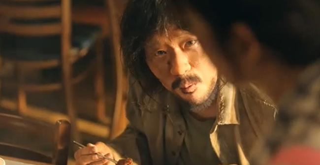 Cuộc chiến thượng lưu: Fan tranh cãi chi tiết Su Ryeon - Logan Lee ở hiền lại chết, Ju Dan Tae ở ác nhưng vẫn sống? - Ảnh 2.