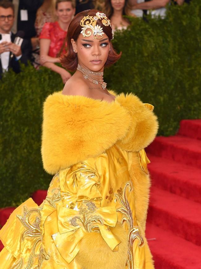 Vogue chọn ra 25 mỹ nhân đẹp nhất mọi thời đại tại thảm đỏ Met Gala  - Ảnh 16.