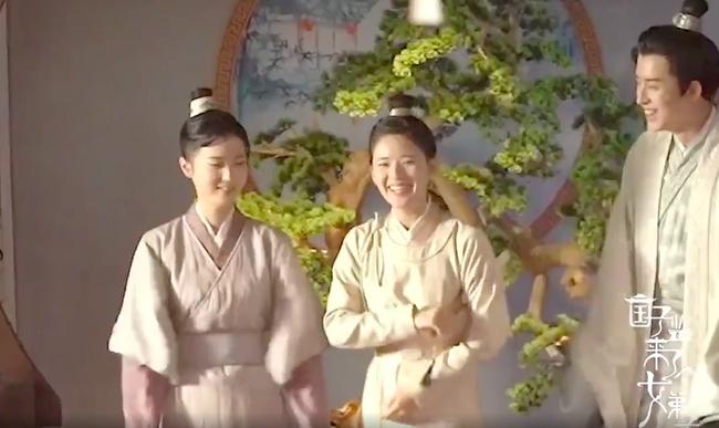 """Triệu Lộ Tư nhảy múa cực đáng yêu, thế này thì ai dám bảo mỹ nữ """"Trần Thiên Thiên trong lời đồn"""" chảnh chọe - Ảnh 2."""