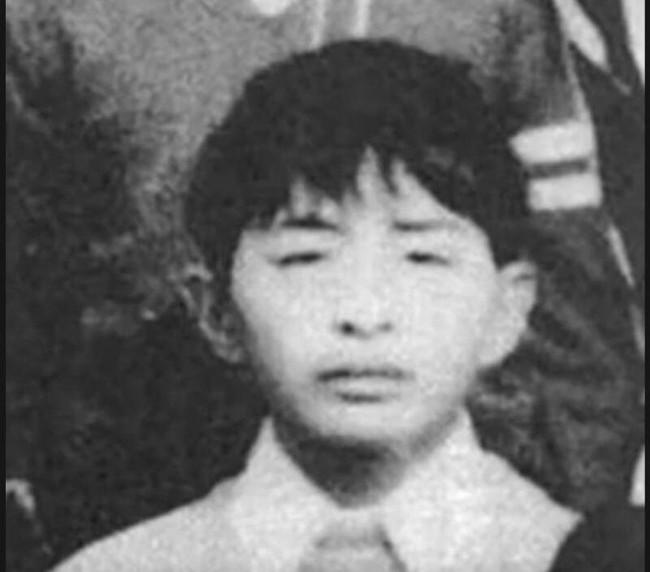Từ học sinh ưu tú, người thừa kế sáng giá đến kẻ sát nhân hàng loạt ám ảnh Nhật Bản, nguồn cơn do chính sai lầm của bố mẹ - Ảnh 1.