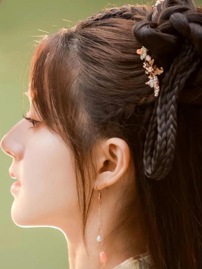 Triệu Lộ Tư cực xinh bên Từ Khai Sính, ngọt ngào chẳng kém thời đóng Trần Thiên Thiên trong lời đồn - Ảnh 4.