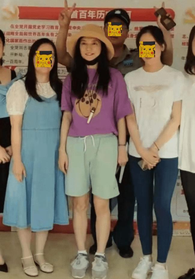 """HOT: Triệu Vy chính thức lộ diện lần đầu tiên sau nghi vấn bị """"phong sát"""" - Ảnh 2."""