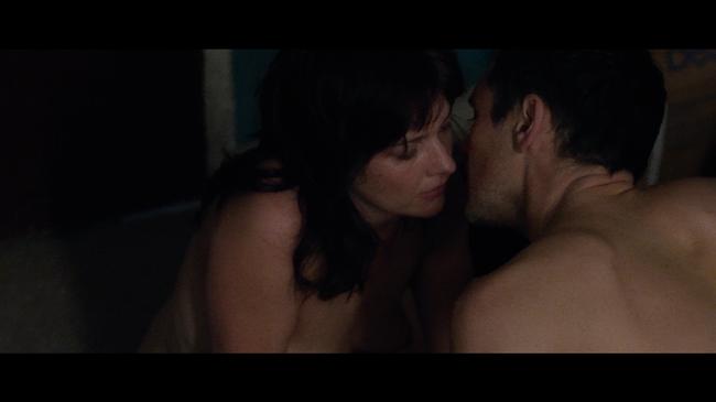 Phim 18+ Intimacy: Chớp tắt của hôn nhân và bí mật của người phụ nữ gõ cửa người lạ vào mỗi thứ Tư để ân ái cuồng nhiệt trong im lặng  - Ảnh 3.