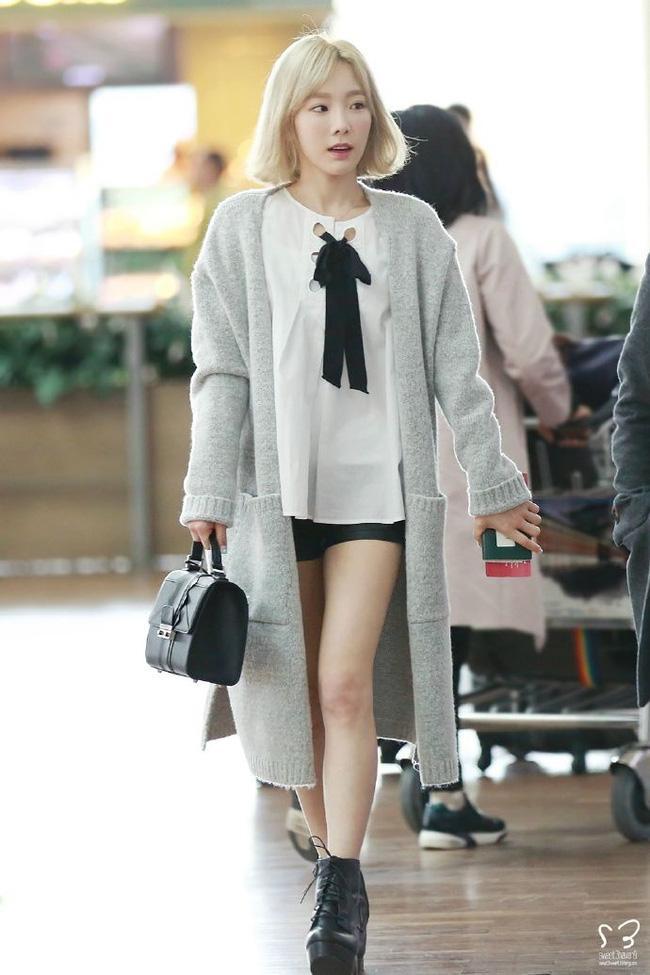 Chị em đừng như Taeyeon: Vóc dáng thấp bé nhưng toàn diện những đôi giày cồng kềnh, khiến chân ngắn hẳn đi - Ảnh 2.