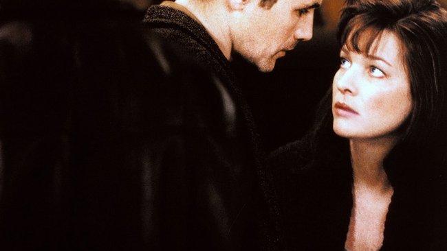 Phim 18+ Intimacy: Chớp tắt của hôn nhân và bí mật của người phụ nữ gõ cửa người lạ vào mỗi thứ Tư để ân ái cuồng nhiệt trong im lặng  - Ảnh 4.