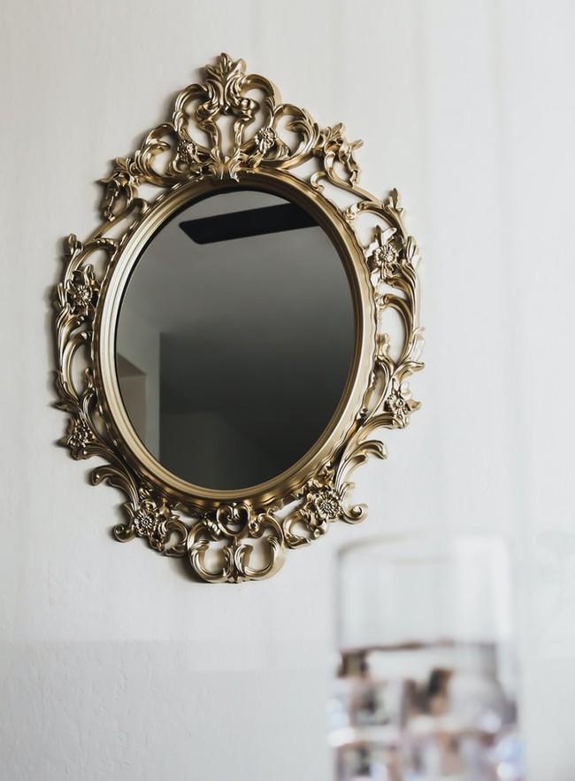 Đừng đặt gương ở những vị trí này trong nhà của bạn, tài lộc lẫn sức khỏe đều sẽ sụt giảm - Ảnh 4.