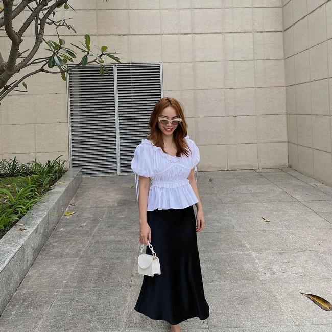 Chị em Yến Trang - Yến Nhi gợi ý 12 cách diện chân váy dài giúp trẻ ra 5 tuổi, mà vẫn chuẩn sang xịn mịn - Ảnh 5.