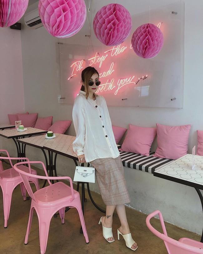 Chị em Yến Trang - Yến Nhi gợi ý 12 cách diện chân váy dài giúp trẻ ra 5 tuổi, mà vẫn chuẩn sang xịn mịn - Ảnh 6.