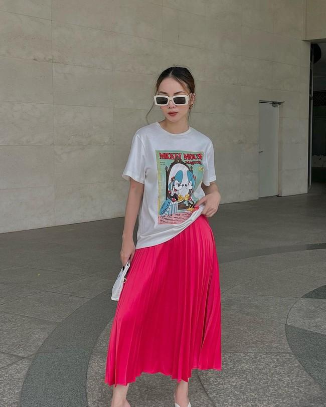 Chị em Yến Trang - Yến Nhi gợi ý 12 cách diện chân váy dài giúp trẻ ra 5 tuổi, mà vẫn chuẩn sang xịn mịn - Ảnh 13.