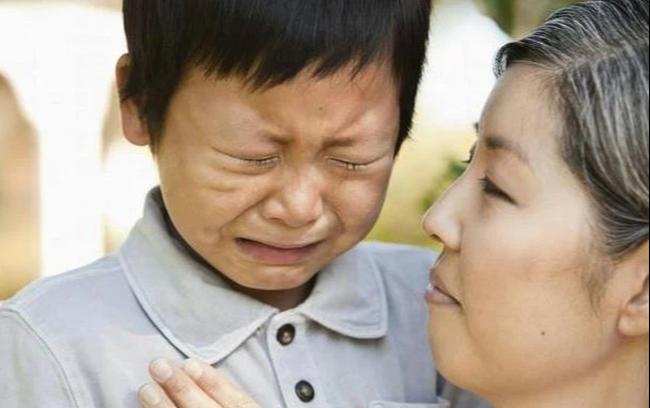 """Mẹ đau đầu vì con trai ra ngoài ai cũng khen lễ phép, hễ về nhà là """"trở mặt"""" ngỗ ngược, nguyên nhân khiến nhiều phụ huynh giật mình - Ảnh 2."""